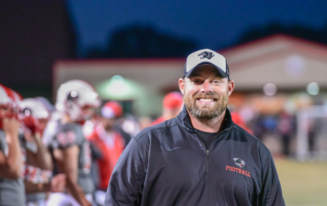 Vossen notches 50th victory in 49-14 rout of Farmington