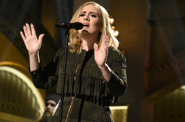 Adele+performs+on+Saturday+Night+Live+Nov.+21st+2015